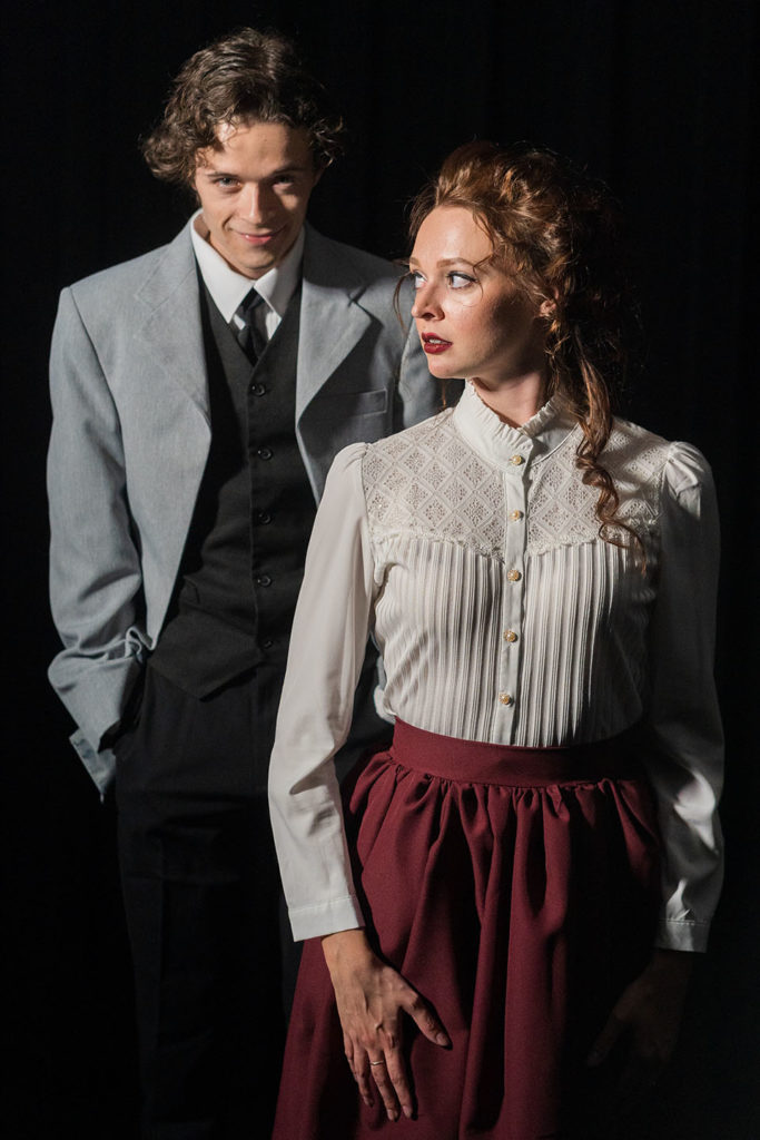 Blake Smallen and Taylor Tveten in Jobsite's Dr. Jekyll & Mr. Hyde. (Photo: Pritchard Photography)